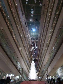 スワロフスキー・エレメントのクリスマスツリー
