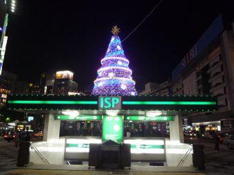 池袋駅東口01