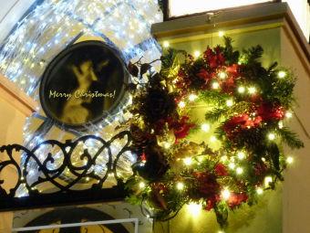 クリスマスカード(ル・アンジェ教会 リース)800x600
