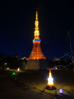 「2015」表示の東京タワー05